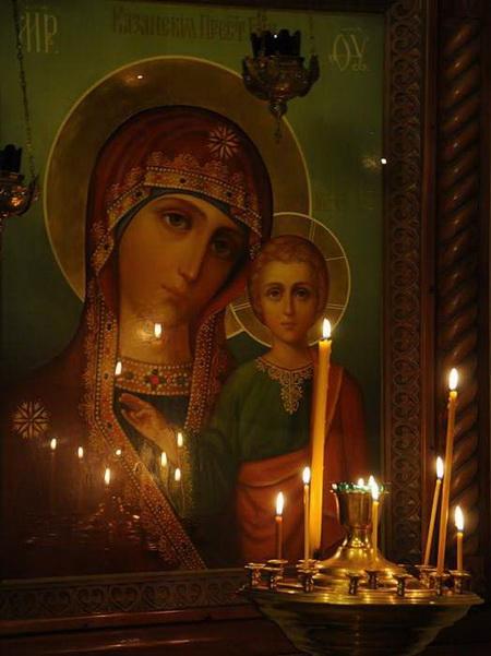 Молитвы перед иконами Божьей Матери